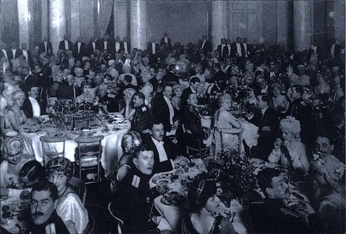 Cena en Palacio
