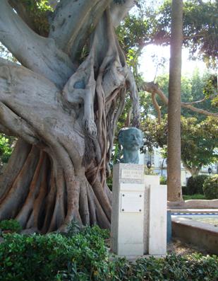 Homenaje a José Martí, el Apostol, en el Parque Genovés de Cádiz.