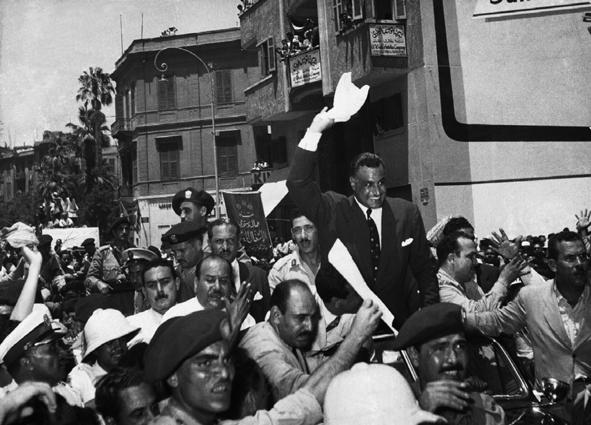 Gamal Abdel Náser  (1918, 1970), Presidente de Egipto (1956, 1970). Nacionalizó el Canal de Suez (1956) y se transformó en el líder del panarabismo y del Movimiento de Países No Alineados. Promovió la unificación con Siria formando la República Árabe Unida (1958, 1961). Derrota por Israel en la Guerra de los Seis Días (1967).